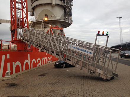 LMK Offshore Gangway FOWC